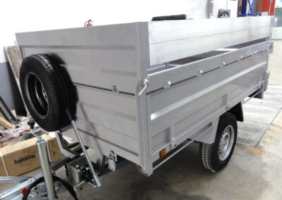 product-page-medium-light-trailers